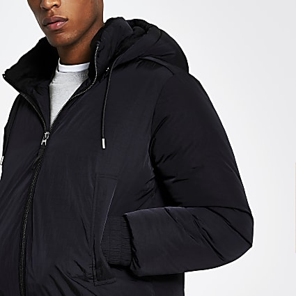 Black hooded short puffer jacket