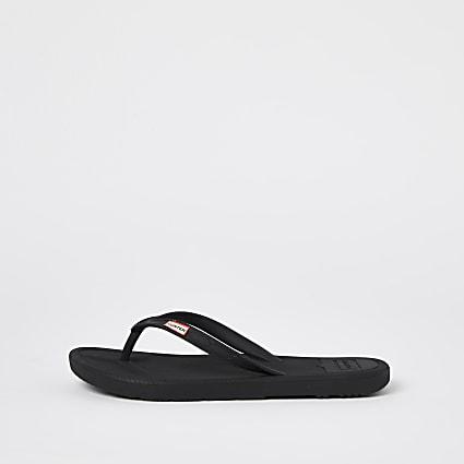 Black hunter flip flops