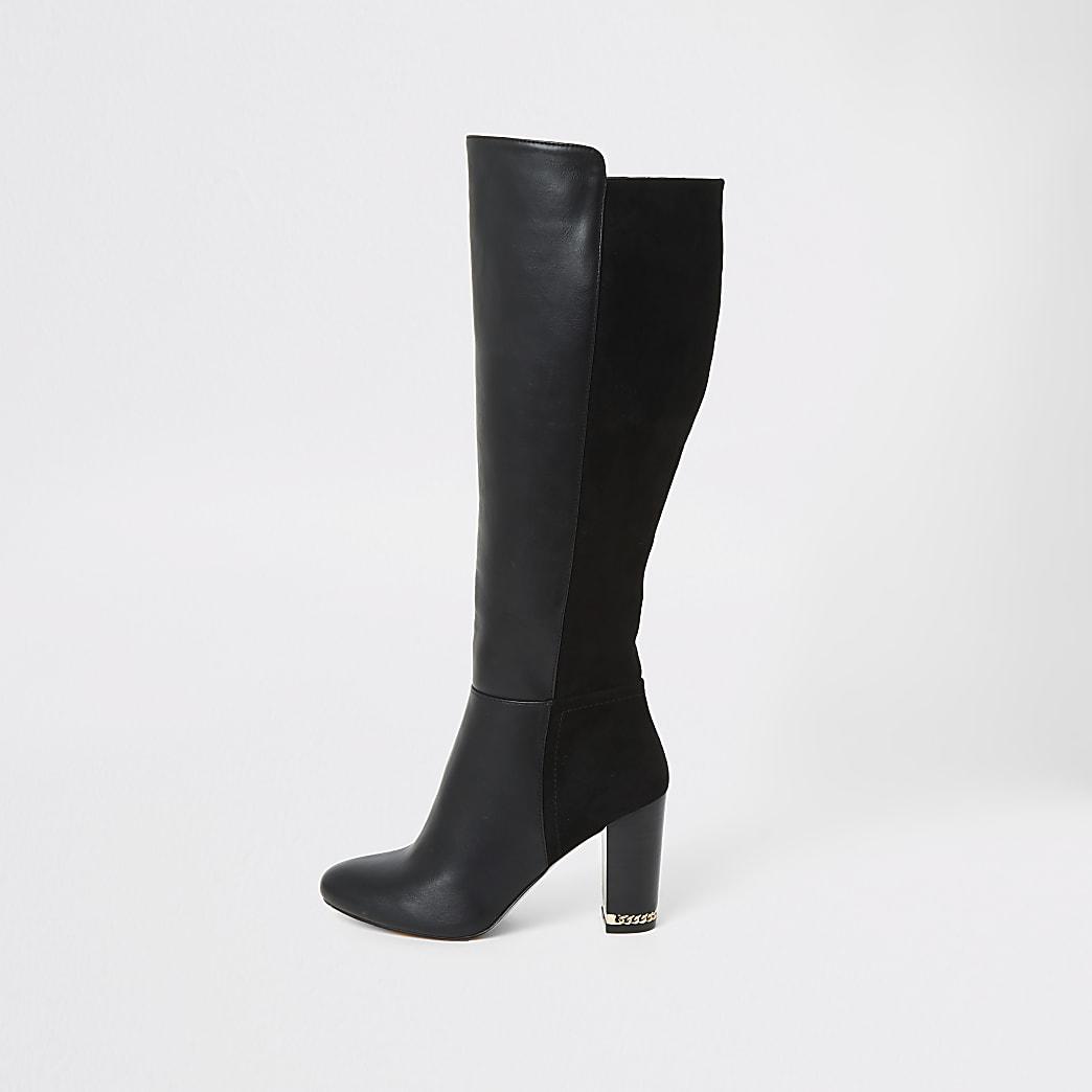 Schwarze, kniehohe Stiefel mit Absatz
