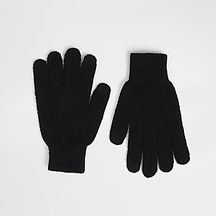 Black knitted gloves