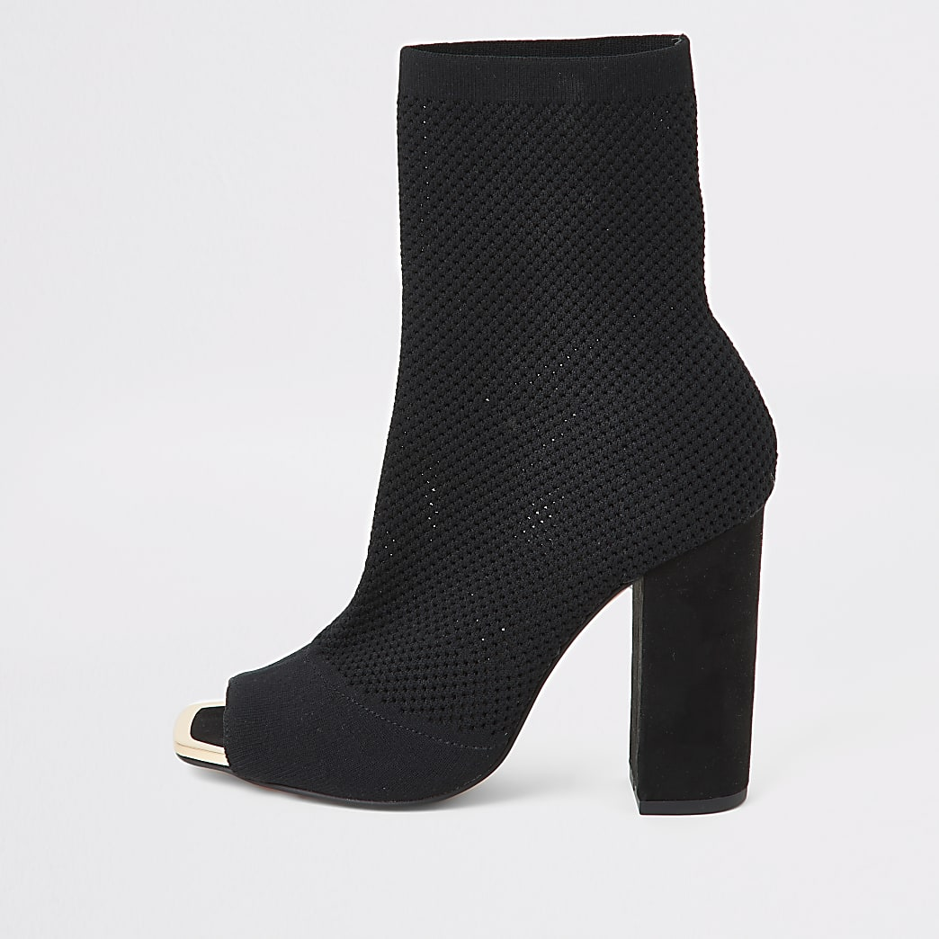 Schwarze Strick-Peeptoe Sock-Boots im Wide Fit
