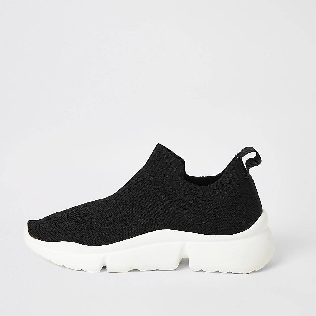 Black knitted split sole runner trainers