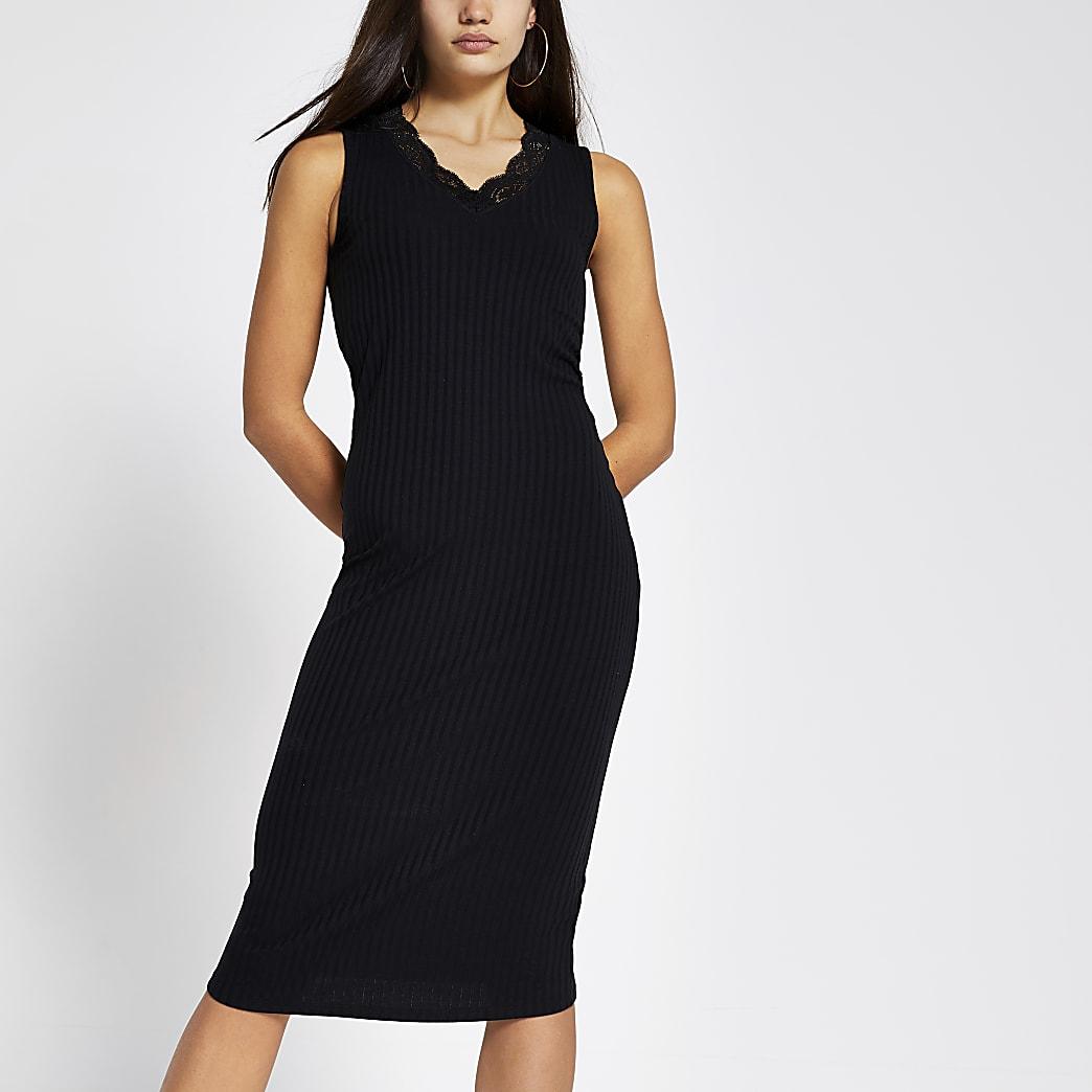 Zwarte geribbelde midi-jurk met kant langs V-hals