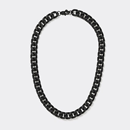 Black large chain necklace