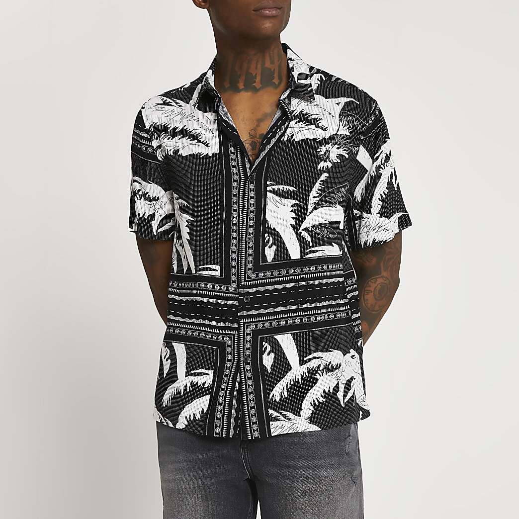 Black leaf print shirt