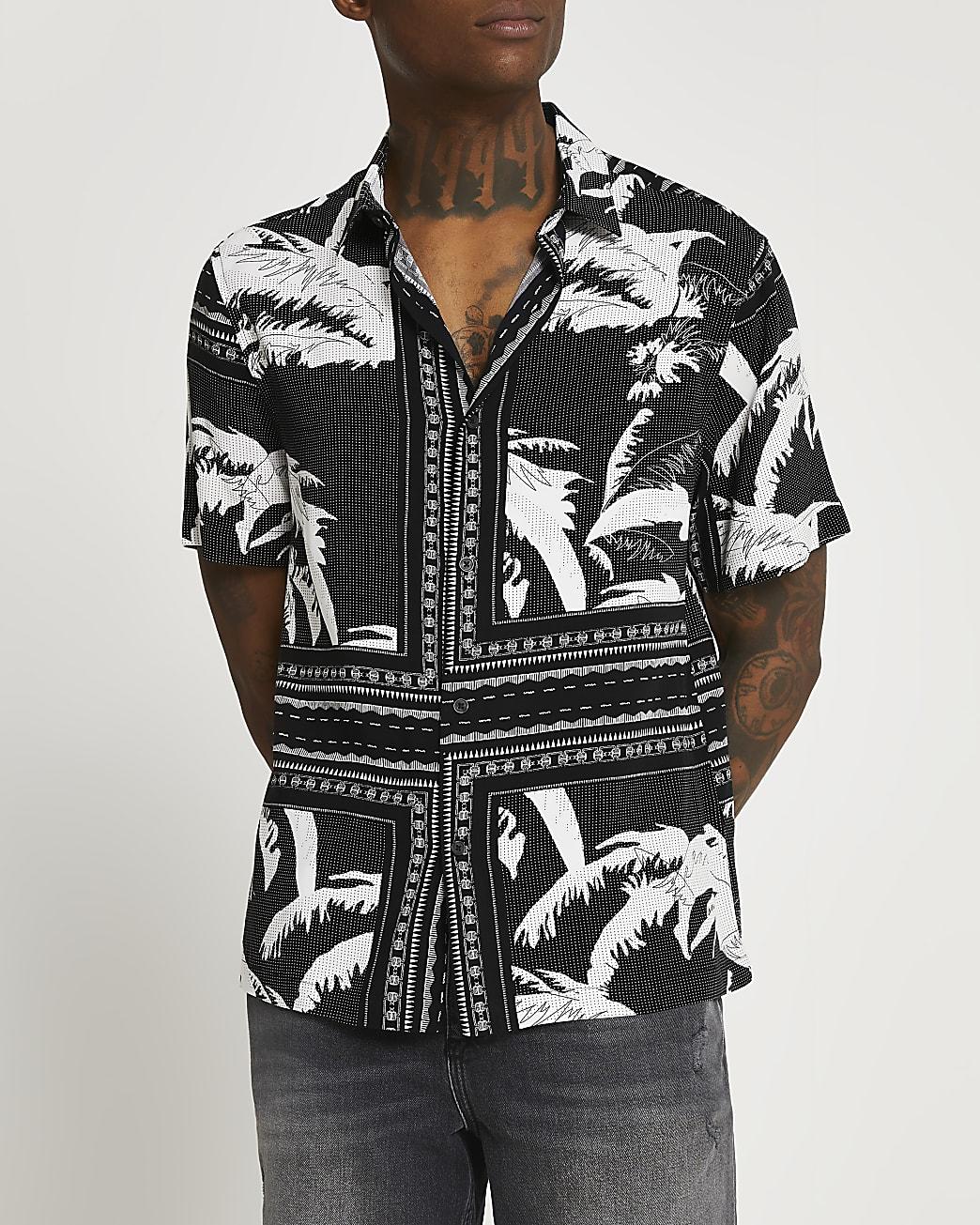 Black leaf print short sleeve shirt