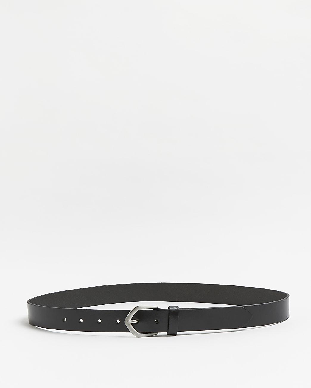 Black leather arrow buckle belt