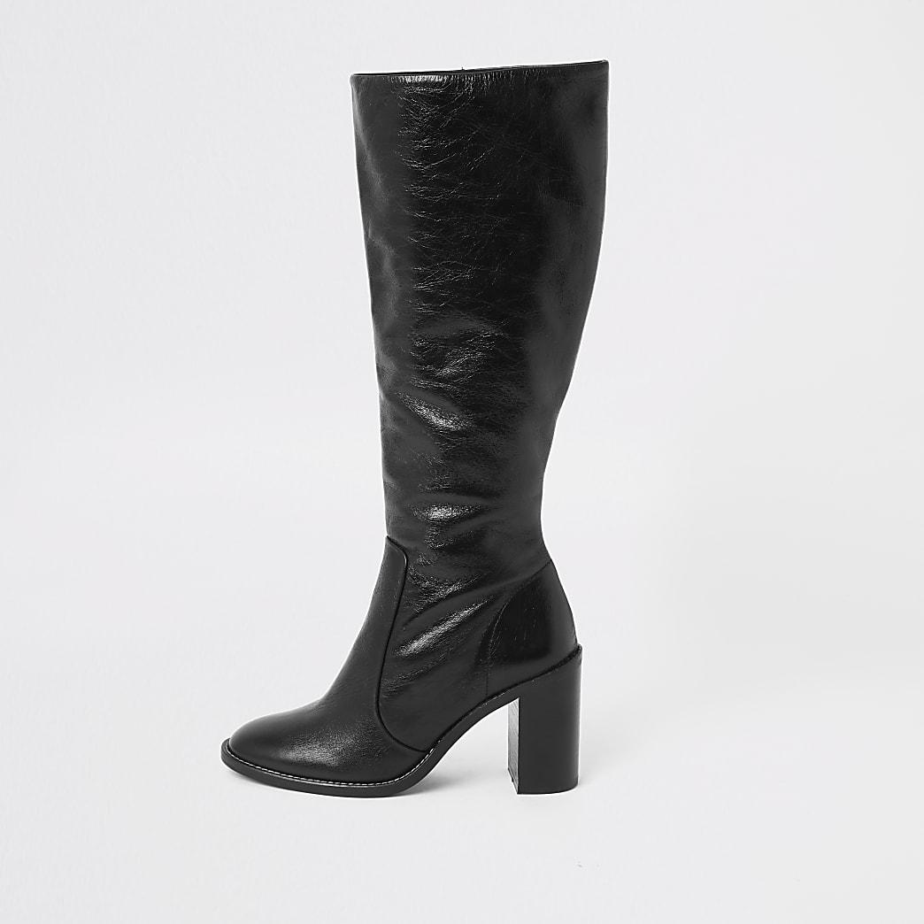 Schwarze, kniehohe Lederstiefel