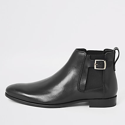 Black leather buckle side boots