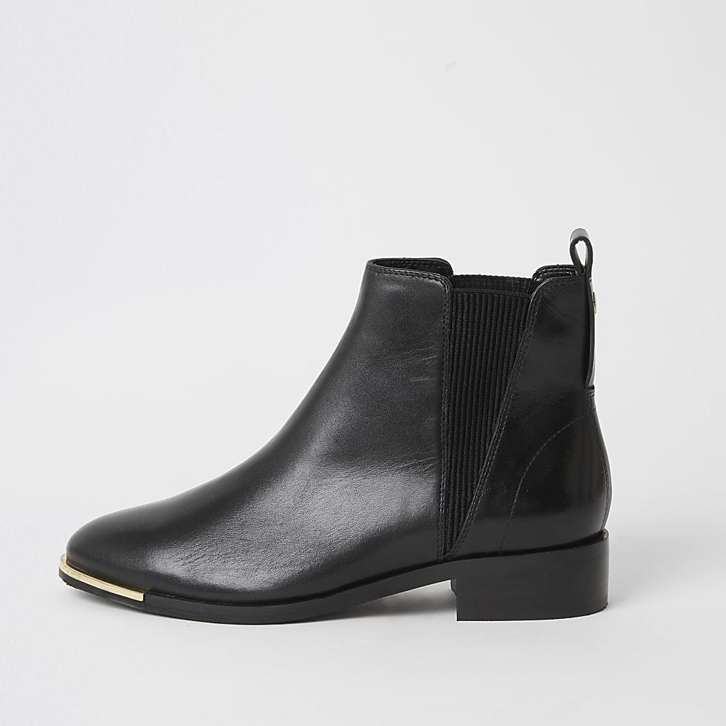 Chelsea-Stieffeletten aus Leder, schwarz