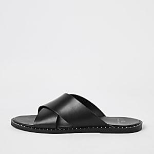 Sandales en cuir noires à brides croisées