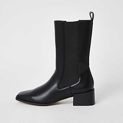 Black leather gusset boots