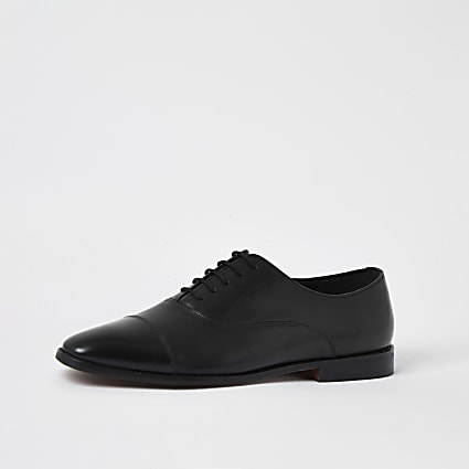 Black leather lace-up Oxford brogues