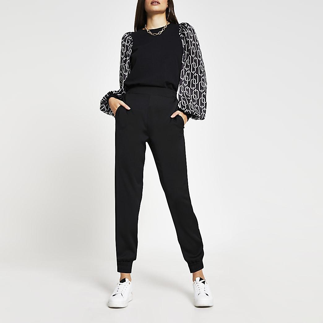 Black long puff sleeve geometric sweatshirt