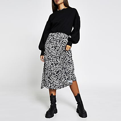 Black long sleeve animal print sweat dress
