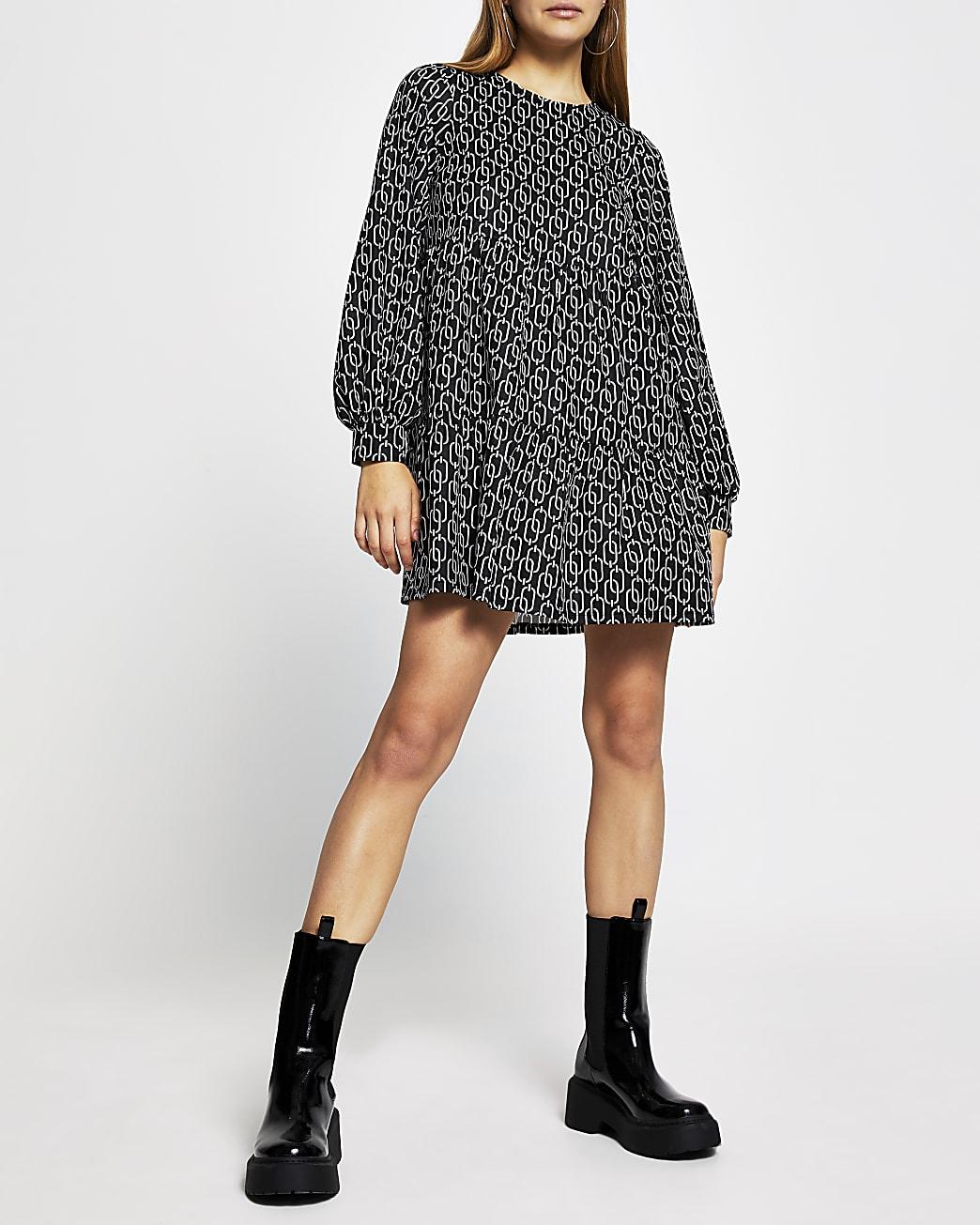 Black long sleeve chain print smock dress