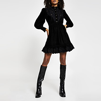 Black long sleeve high neck velvet dress