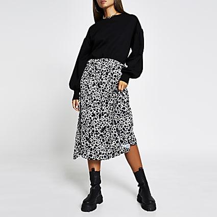 Black long sleeve Leopard print sweater dress