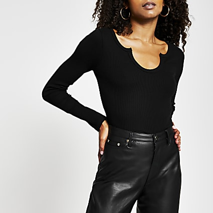 Black long sleeve notch neckline top