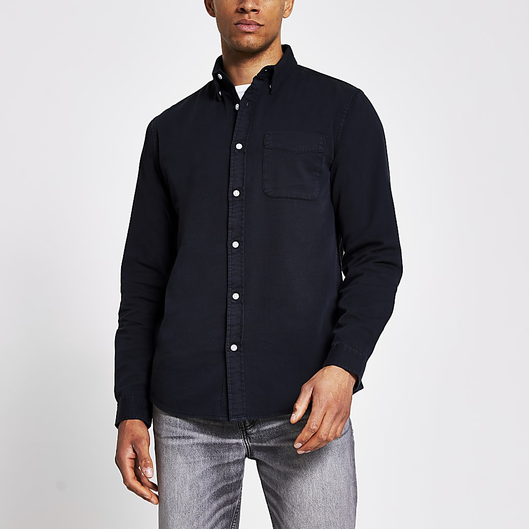 Langärmeliges Regular Fit Twillhemd in Schwarz