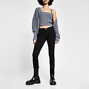 Black low rise skinny new fit jeans