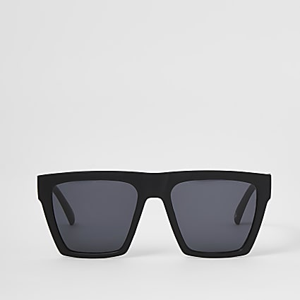 Black matte D frame sunglasses