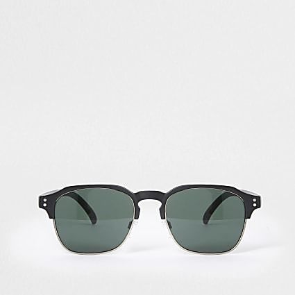 Black matte framed sunglasses
