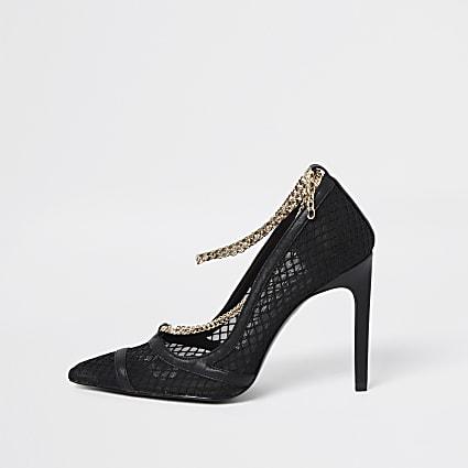 Black mesh chain court shoes