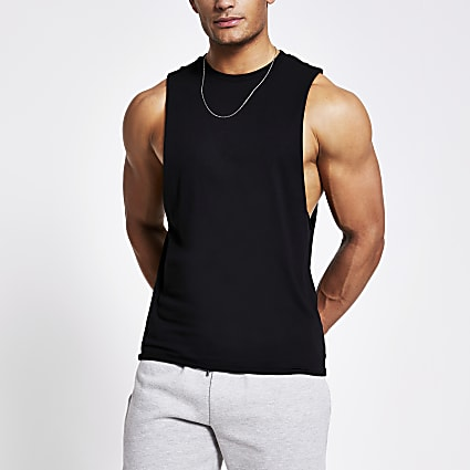 Black muscle fit tank top