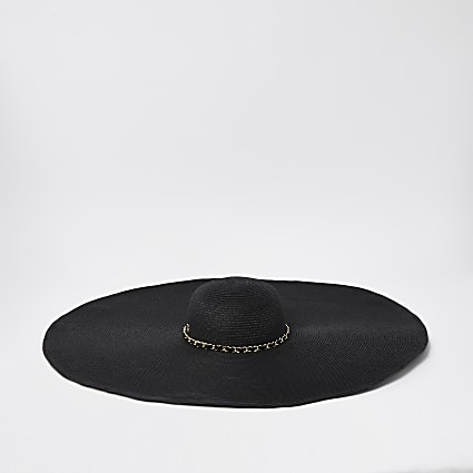 Black oversized straw sun hat