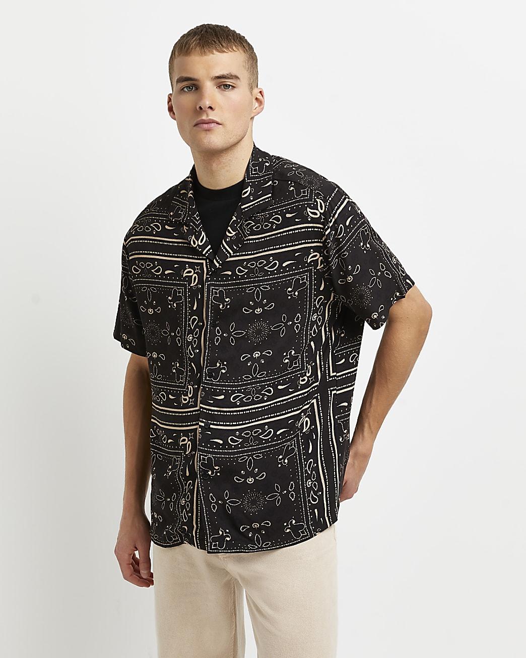 Black paisley print short sleeve shirt