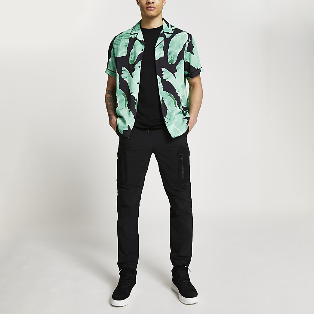 Black palm print revere shirt