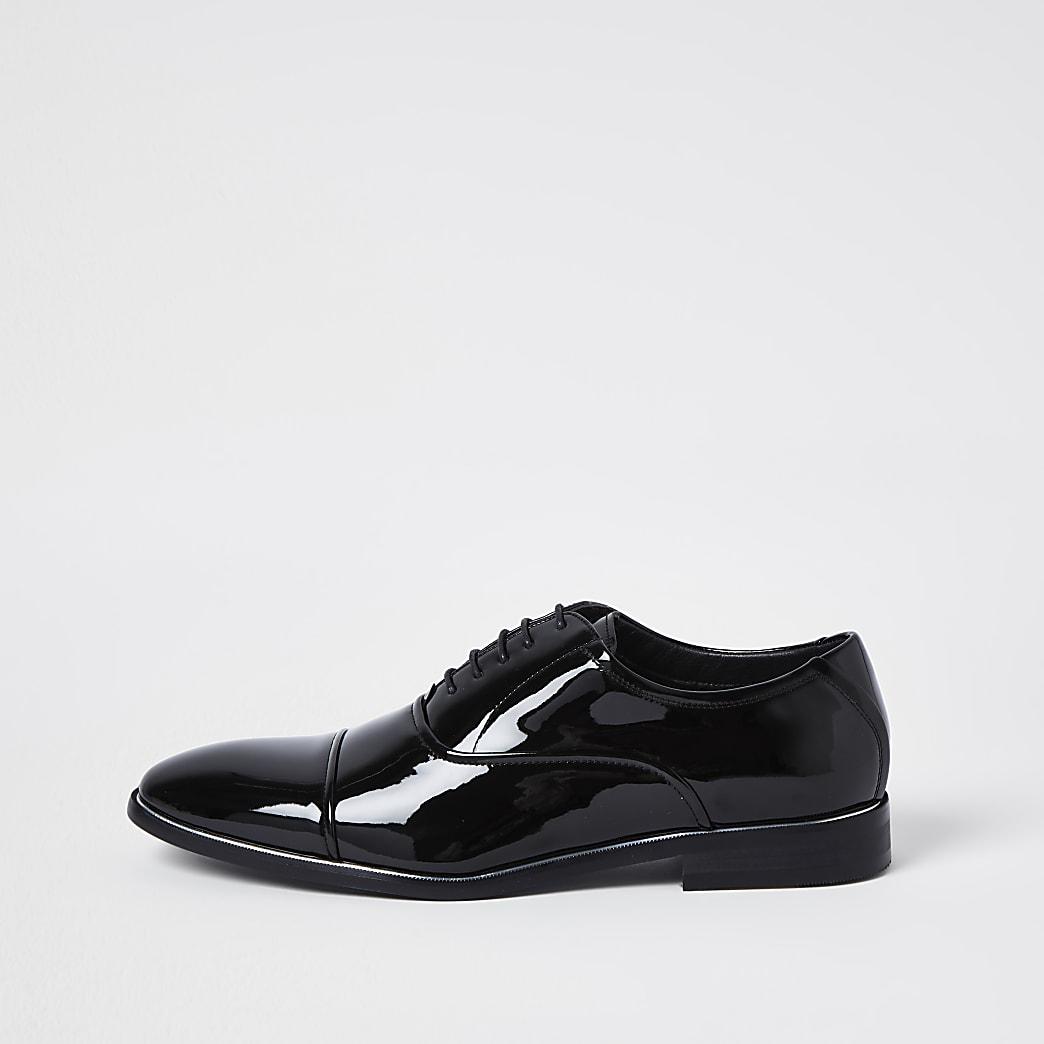 Black patent point toe shoes