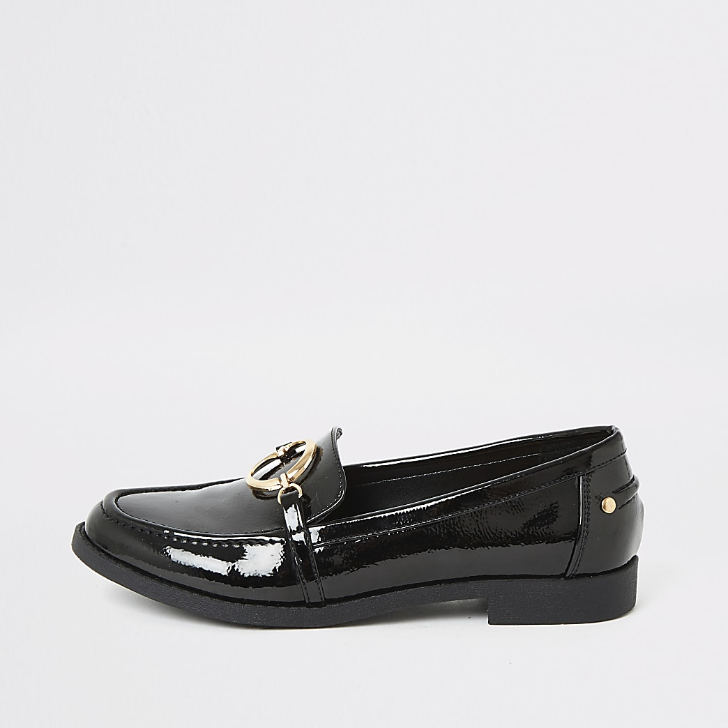 Black patent snaffle loafers