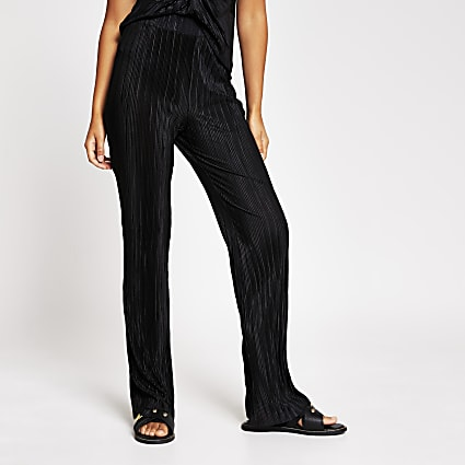 Black plisse kick flare trouser