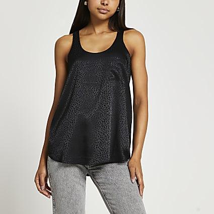 Black pocket vest top