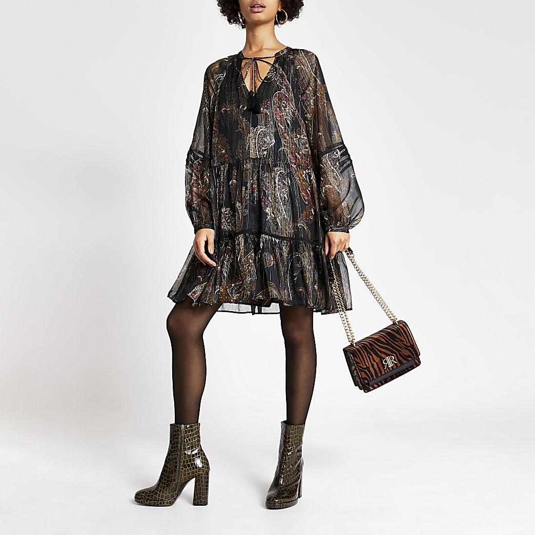 Robe trapèze manche longue noire imprimée