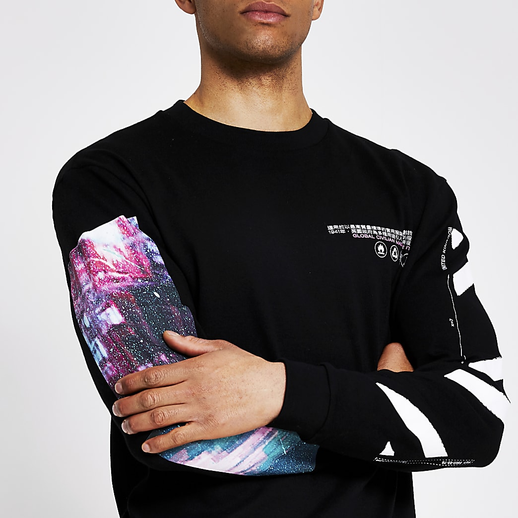 Black printed long sleeve T-shirt