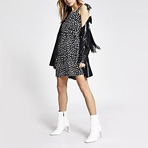 Zwarte gesmokte mini-jurk met print en strik ceintuur
