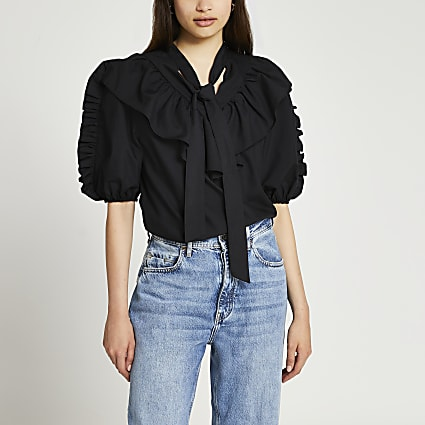 Black puff sleeve pussybow shirt