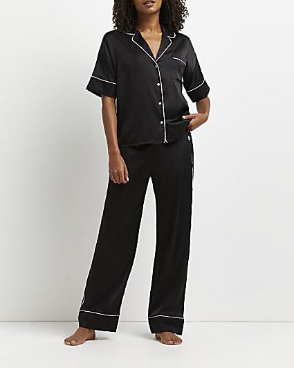 Black pyjama trousers