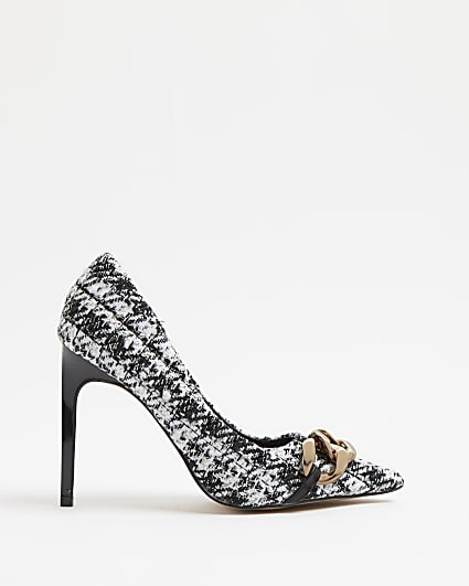 Black quilted boucle court shoes