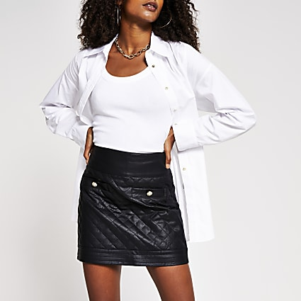 Black quilted faux leather mini skirt