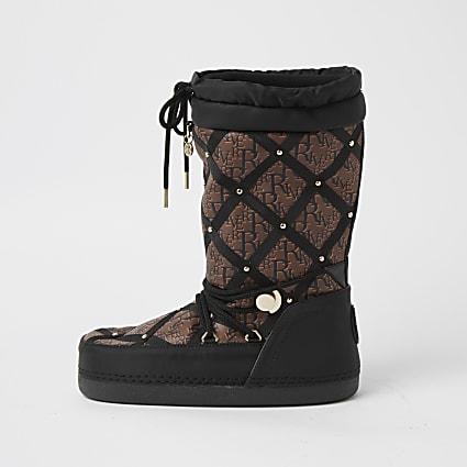 Black quilted RI monogram snow boots