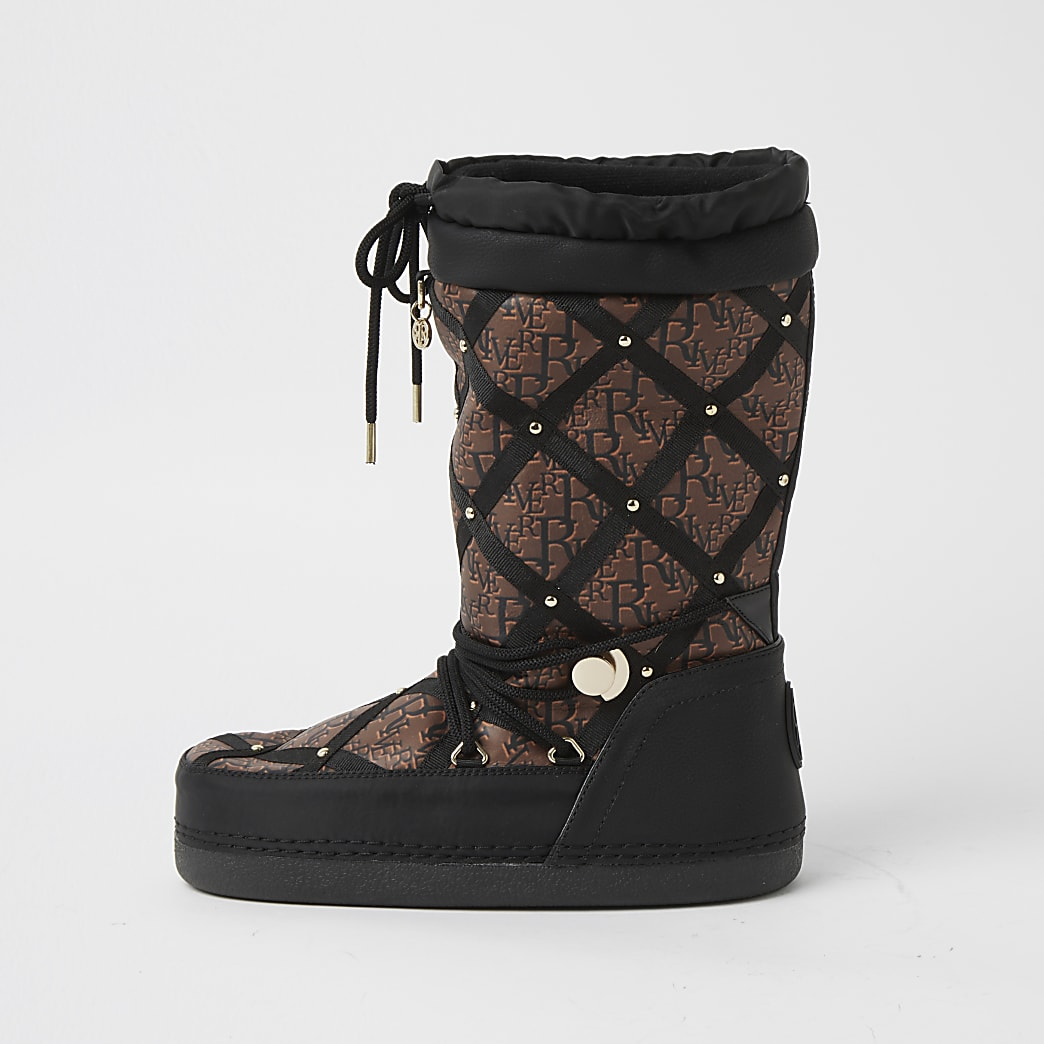 Black quilted RI monogram snow boots