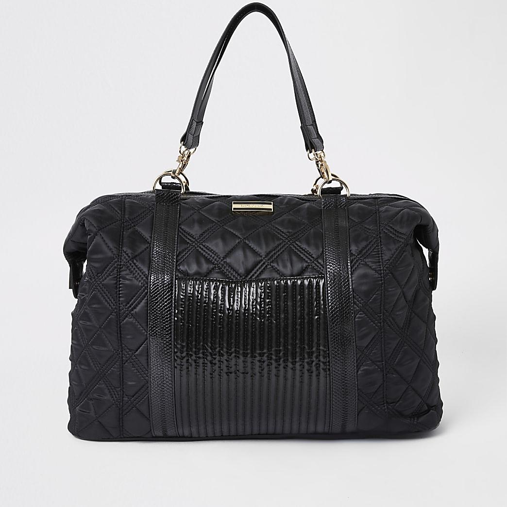 Black quilted weekend travel bag