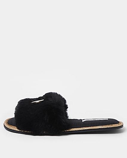 Black RI faux fur open toe slippers