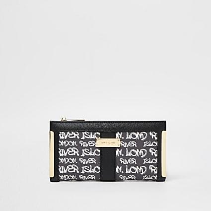 Black RI graffiti print purse