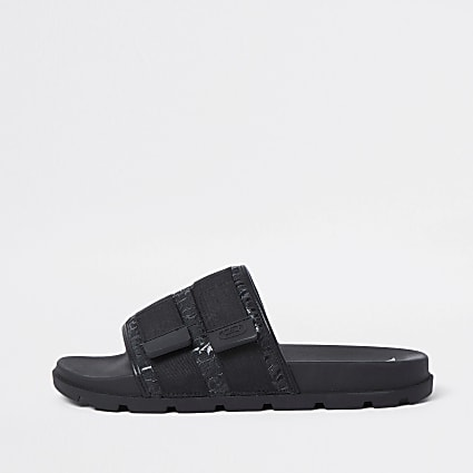 Black RI jacquard monogram sliders