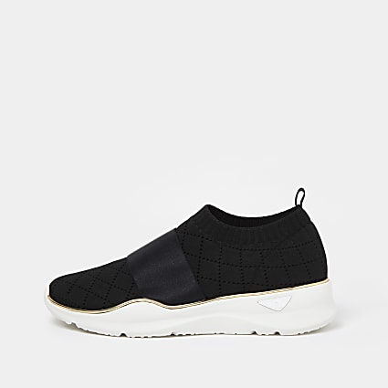 Black RI knitted runner trainers